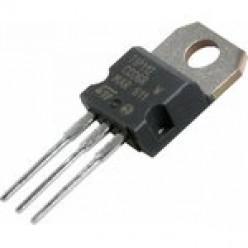 Транзистор TIP112